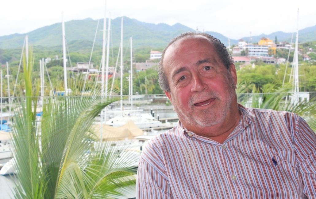 Jesús Carmona Jiménez, Riviera Nayarit, hoteles