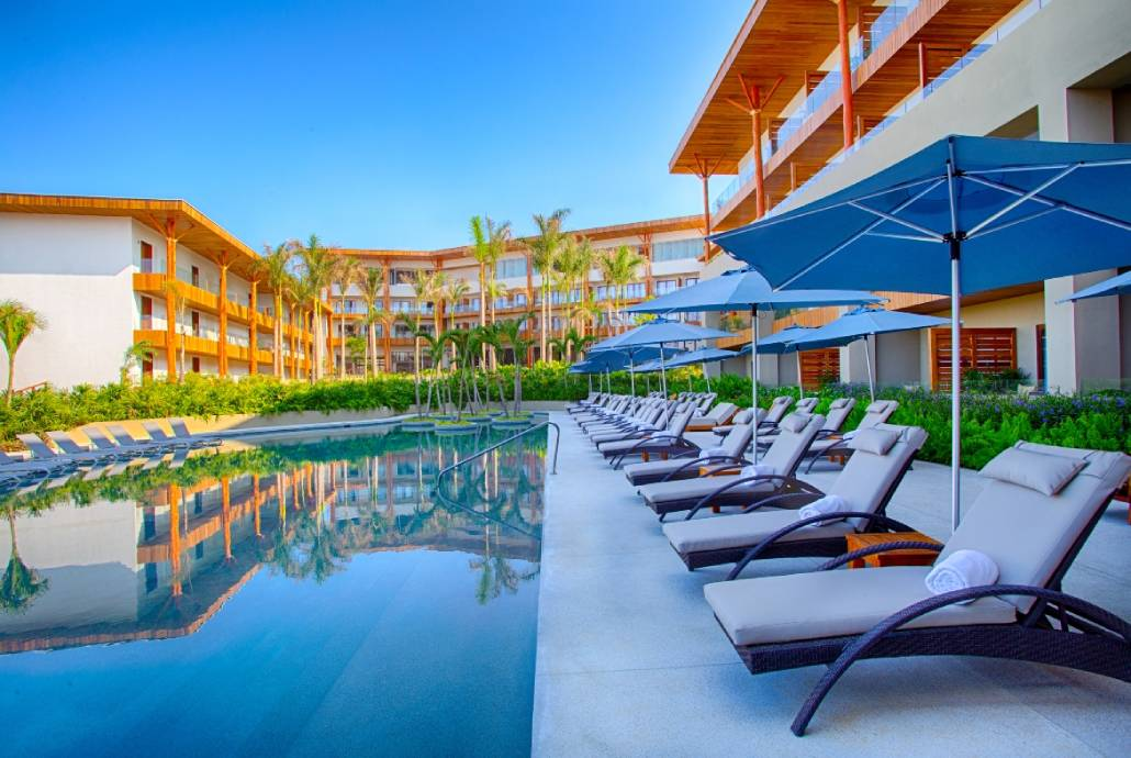 Riviera Nayarit, hotels, Luxury, Luxury Hotels, Marival Armony, pool