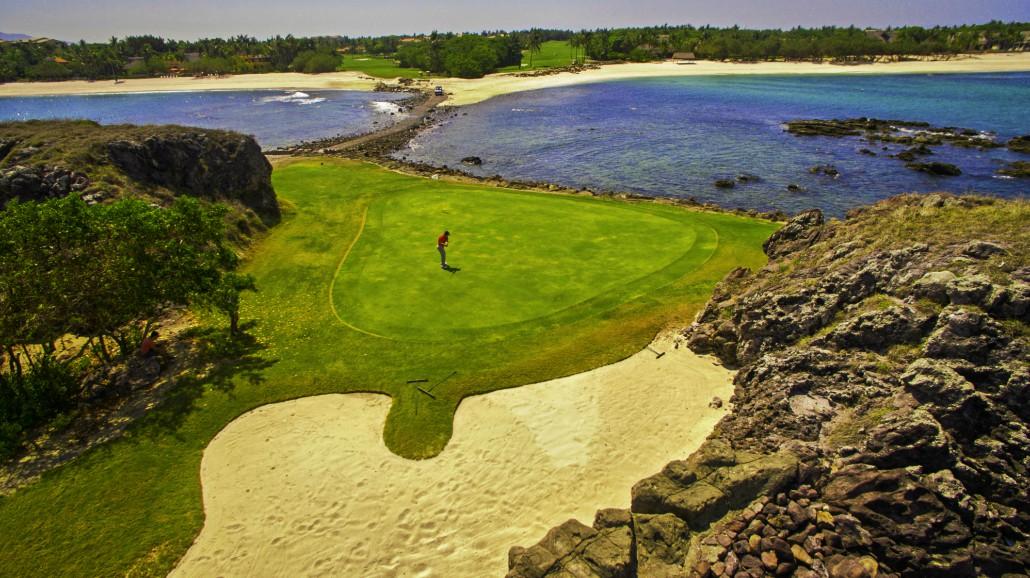 golfer, golf, man, sea, golf course